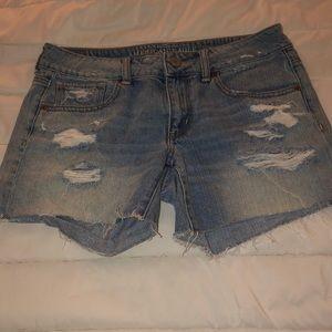 Semi high waisted jean shorts